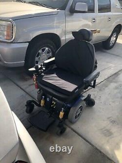 Gently used Electric Power Chair Wheelchair, Mint