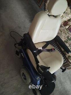 Pride Jet 7 Power Chair Electric Motorized Wheelchair Scooter Slightly Used MINT
