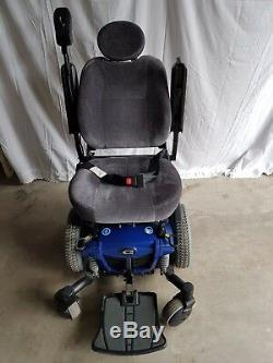 Quantum Edge Q6 Electric Powered Wheelchair / Scooter (Approx. 40 hrs. Use)