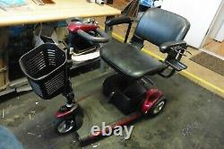 Scooter Go-Go Pride Mobility Elite Traveller electric wheelchair new batteries