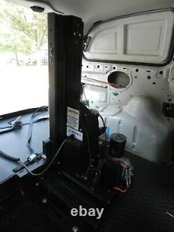 Ascenseur De Plate-forme Hybride Harmar Al600 Pour Fauteuil Roulant Électrique Et Scooter Grande Forme