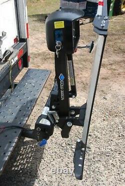 Nouveau Harmar Al100 Electric Scooter Wheelchair Lift Avec Une Capacité Swingaway De 350 Lb