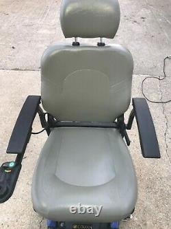 Scooter En Fauteuil Roulant À Mobilité Électrique Golden Technologies Compass Gp605